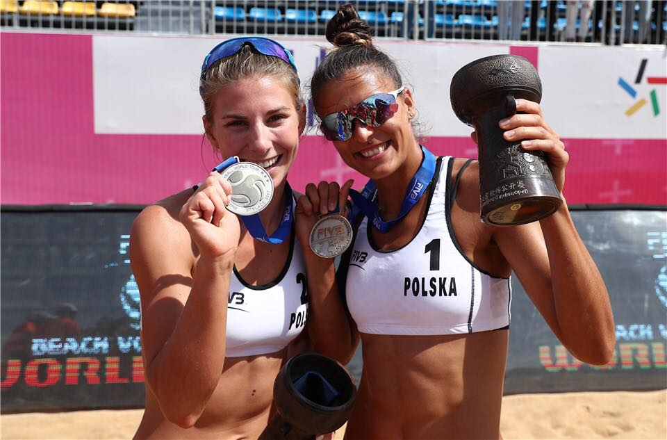 Kinga Kołosińska i Katarzyna Kociołek