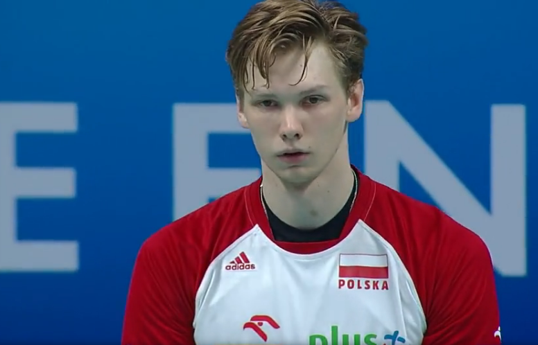 Jakub Kochanowski serwuje