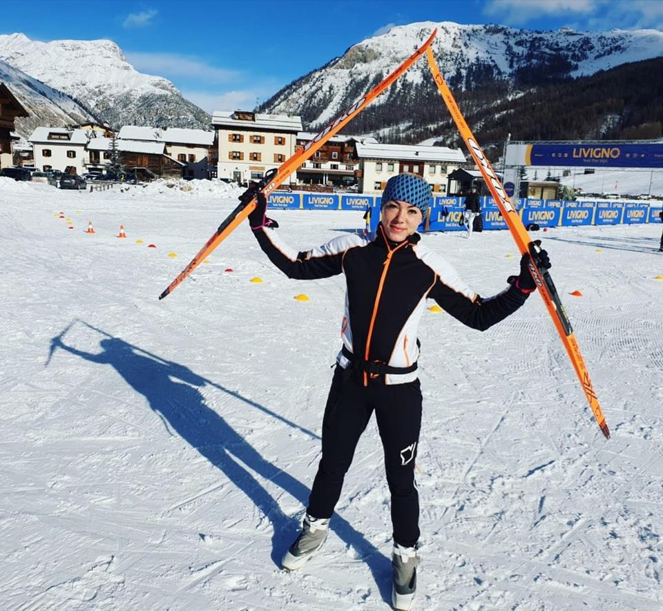 Marta Walczykiewicz z nartami