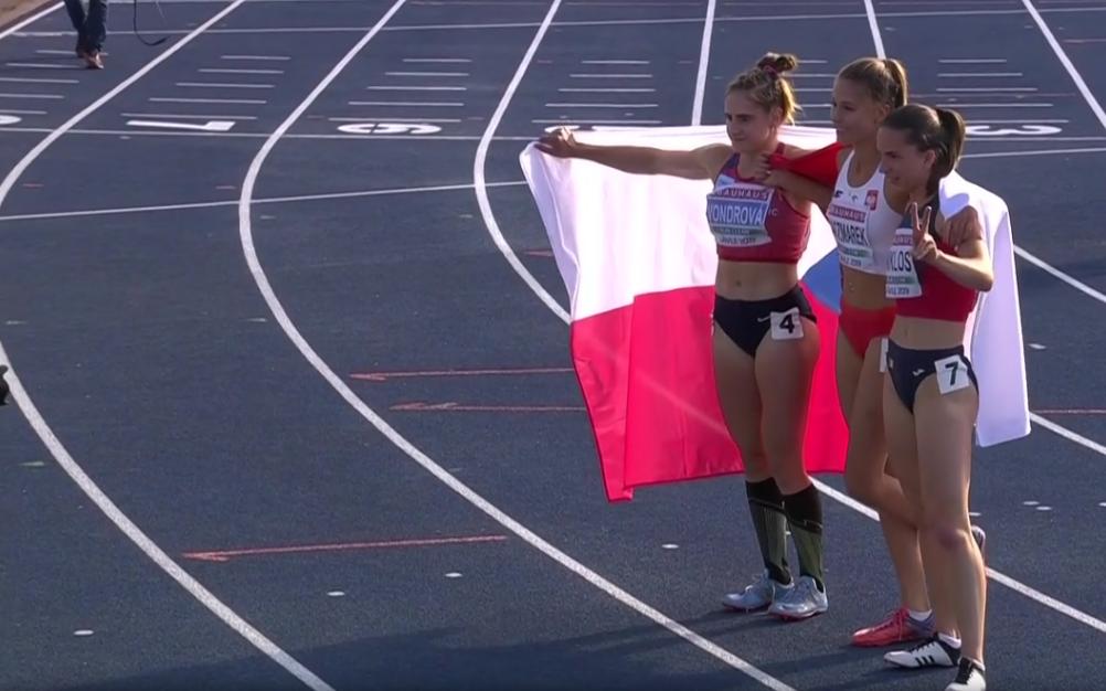 Natalia Kaczmarek celebruje triumf