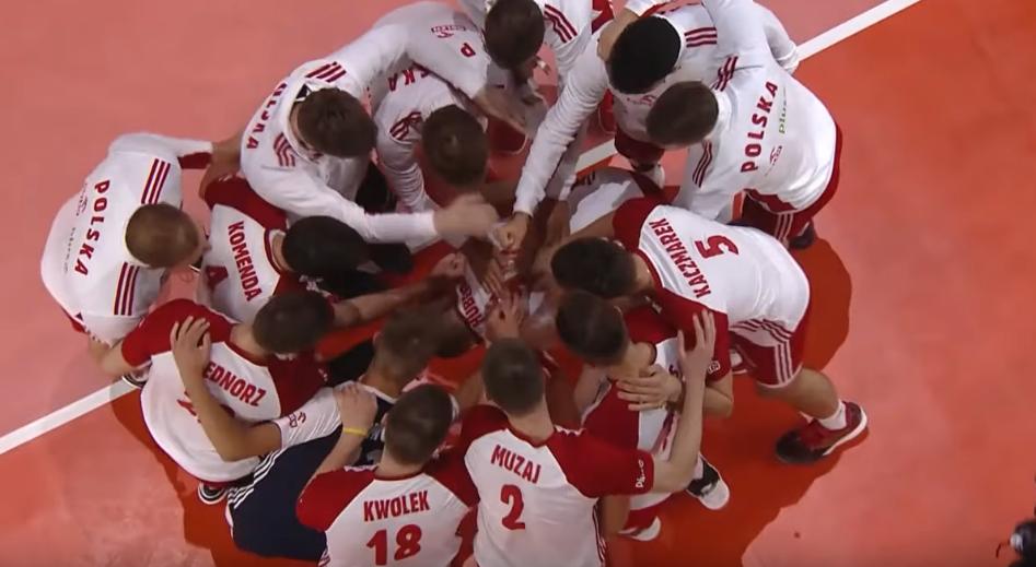 Polscy siatkarze świętują sukces