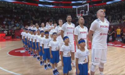 Polscy koszykarze Mateusz Ponitka, Adam Hrycaniuk Polska - Wenezeuela