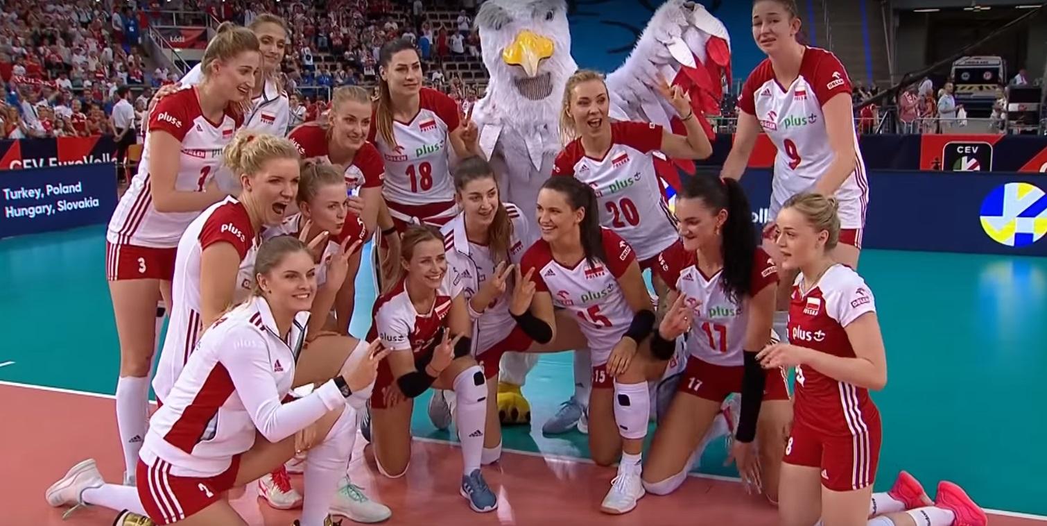 bunt siatkarek, Jacek Nawrocki, Malwina Smarzek-Godek i reprezentacja Polski